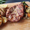 Szuvidált (sous vide), grillezett narancsos tarja steak burgonyával - Húsimádó Naan, Steak, Pork, Sous Vide, Kale Stir Fry, Pigs, Steaks, Beef