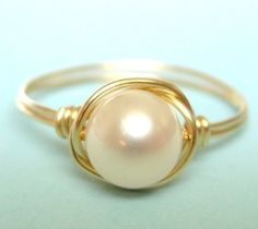 freshwater pearl ring  classic ivory white pearl 14K by muyinmolly