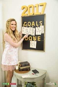 Set your goals and stick to them with @paigehemmis' 2017 Goal Board! Tune in to Home & Family weekdays at 10a/9c on Hallmark Channel!