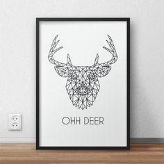 """Plakat  z głową jelenia złożoną z wielokątów oraz napisem """"Ohh deer"""""""