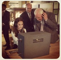 duchesskate: The Duchess of Cambridge deciphers a message using a replica radio . duchesskate: The Duchess of Cambridge deciphers a message using a replica radio Bletchley Park June 18 Morse Code Letters, Bletchley Park, Interactive Exhibition, Homemade 3d Printer, Baby George, Collage Sheet, Duchess Of Cambridge, Videos, 3d Printing