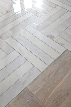 frama_private-residential-in-copenhagen_kitchen_herringbone-marble-floor_3