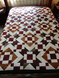 Burgundy,+Gold+and+Green+Quilt