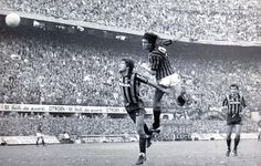 Rossoneri hero Mark Hateley heads the winner in the Milan derby 1984. They don't make strikers like him anymore!