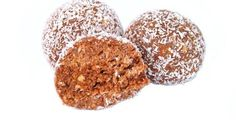 Festive, bite-sized holiday treats can be whipped up easily with the right recipes. You don't have to be a baking whiz to create decadent sweet and savory snacking platters that are perfect for unexpe Healthy Protein Snacks, Protein Bites, Protein Ball, Healthy Food Choices, Protein Foods, Healthy Options, Healthy Foods, Peanut Butter Balls, Peanut Butter Protein
