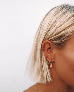 rook and tragus piercing . rook and tragus piercing together . rook and anti tragus piercing . rook piercing with tragus . piercing rook y tragus Cute Ear Piercings, Ear Piercings Cartilage, Piercing Tattoo, Ear Peircings, Cartilage Hoop, Rook Piercing Jewelry, Multiple Ear Piercings, Tongue Piercings, Unique Piercings