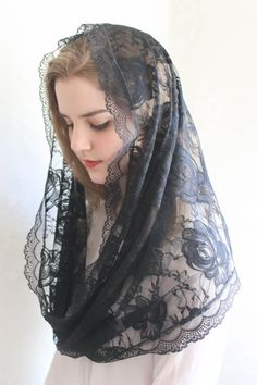 Evintage Veils~Old Country Roses Black Lace Chapel Veil Mantilla Infinity Veil Scarf Latin Mass  Lace Veil
