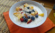 Fruits Frozen Youghurt,  Mrożony jogurt z owocami
