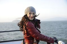 Sarah Shahi's hat on Fairly Legal