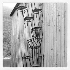 #mosjøen #stolkunst på naustveggen #art #chair Bar Stools, My Photos, Chair, Instagram Posts, Home Decor, Art, Kunst, Bar Stool Sports, Art Background