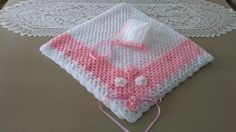 Manta para bebé blanca y rosa - YouTube Baby Girl Crochet Blanket, Crochet Baby, Free Crochet, Christening Blanket, Kids Blankets, Plaid Blanket, Baby Afghans, Sewing Toys, Crochet For Kids