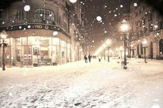 Belgrade, Serbia. Winter. Prince Mihailo street. Shopping area. Beograd, Srbija. Zima. Knez Mihailova ulica.