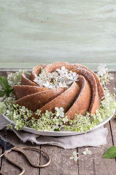 Matcha and vanilla swirl bundt cake