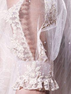 lamorbidezza: Valentino Alta Costura Primavera 2012 Detalles #haute couture