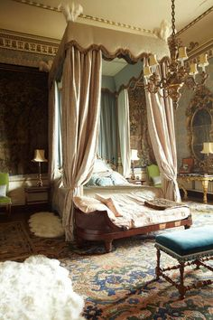 Castle Rooms, Castle Bedroom, Dream Rooms, Dream Bedroom, Fantasy Bedroom, Light Bedroom, Dream Home Design, House Design, Royal Bedroom