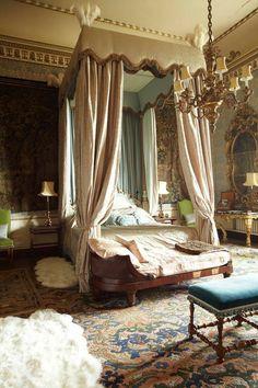 Castle Rooms, Castle Bedroom, Dream Rooms, Dream Bedroom, Fantasy Bedroom, Bedroom Romantic, Light Bedroom, Bedroom Black, Beautiful Bedrooms