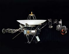 NASA's pioneering Voyager 2 spacecraft has left our Solar System and gone into interstellar space, becoming only the second man-made object to do so.Some 42 years after it was launched in NASA … Jupiter Planeta, Programa Apollo, Jupiter Y Saturno, Voyager Golden Record, Pale Blue Dot, Space Probe, Carl Sagan, Our Solar System, Special Forces