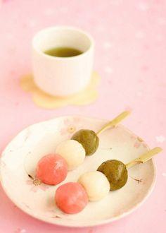 Japanese Sweet Dumplings, Dango / Tokyo Pic #wagashi #dango #和菓子 #花見団子