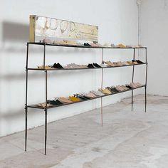.shoe display