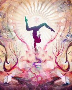 Amazing Yoga Painting with beautifull colors. Yoga Zen, My Yoga, Yoga Meditation, Pranayama, Kundalini Yoga, Bloc Yoga, Namaste, Yoga Kunst, Yoga Pictures