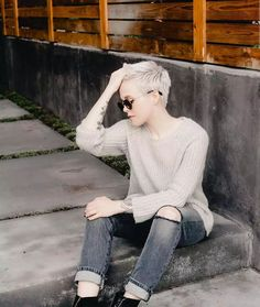 Simple and delicate super short hair for girls - Comfortable Life Archives Short Sassy Hair, Super Short Hair, Short Hair With Layers, Girl Short Hair, Short Hair Cuts, Short Hair Styles, Super Hair, Short Pixie, Unique Hairstyles