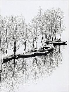 Toni Schneiders Flood at Lake Skutari, Yugoslavia, 1971  Silver gelatine print 30 x 40 cm