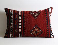moroccan pillow, tribal pillow, cushion, wool pillow, boho pillow, kilim pillow cover, home decor, kilim, kilim pillows, rug pillow by pillowme on Etsy https://www.etsy.com/listing/504063591/moroccan-pillow-tribal-pillow-cushion