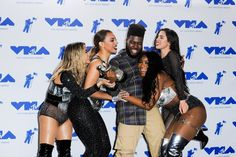 Fifth Harmony and Khalid with their VMA moon person win