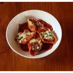 Cheesy stuffed shells - Real Recipes from Mums