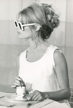 A new book shines the spotlight on actress Brigitte Bardot and traces her impact on fashion.