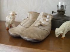 Sweet Early Leather Antique Small Child's Button Up High Top Shoes | eBay           ~<3~