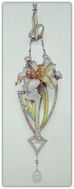 Art Nouveau Pendant - uncertain author.