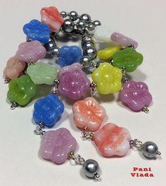 """Necklace """"Flower Summer"""". Czech glass beads, silvery Majorca (Majorica) pearls,  Czech glass beads, beading wire."""