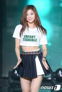 ♡ [ Official Thread of Chou Tzuyu ] NEW OP incoming! Kpop Girl Groups, Kpop Girls, Cute Asian Girls, Cute Girls, Korean Beauty, Asian Beauty, Twice Show, Tzuyu Body, Chica Fantasy