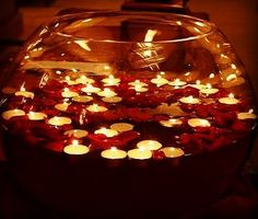 2015 Christmas floating candles in a oval glass bowl with rose petals - Christmas easy made centerpieces Diwali Diy, Diwali Party, Diwali Celebration, Happy Diwali, Diwali Decorations At Home, Festival Decorations, Wedding Decorations, Table Decorations, Candle Wedding Centerpieces