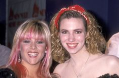 Singers Samantha Fox and Deborah Gibson attend the Fourth Annual New York Music Awards on April 8 1989 at Beacon Theatre in New York City New York