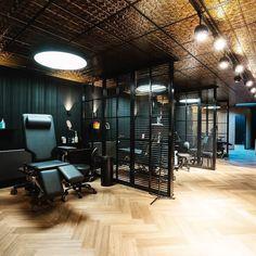 Tatto Studio, Tattoo Studio Interior, Tattoo Shop Decor, Barber Shop Decor, Stylish Tattoo, Beauty Salon Decor, Lobby Interior, Tattoo Parlors, Shop Interiors