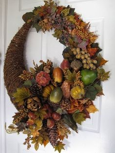 6 Amazing Fall WreathsPerfect addition to the front door of your new hom ehere at The Crossings! www.thecrossingsatap.com