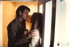 "Rodrigo Santoro & Laura Linney en ""Love Actually"""