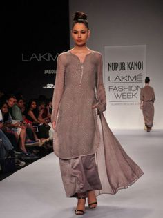 NUPUR KANOI SUMMER/RESORT 2014 AT LAKME FASHION WEEK
