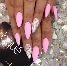 In seek out some nail designs and ideas for your nails? Here's our list of 36 must-try coffin acrylic nails for trendy women. Gorgeous Nails, Love Nails, My Nails, Super Nails, Nagel Gel, Matte Nails, Acrylic Nails, Matte Stiletto Nails, Trendy Nails