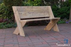 Here are a couple of DIY benches that would provide casual and attractive seating indoors or outdoors. They would be easy to make, yet they ...