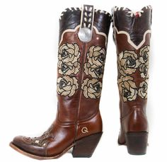 The Belle Starr by Rodeo Quincy. Order here-->http://www.rodeoquincy.com/shopping-cart#!/Belle-Starr-Women-of-the-Wild-West-Collection/p/70443229/category=14598302