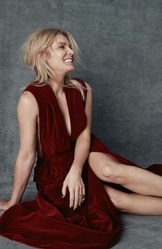 Natalie Bassingthwaighte Natalie Bassingthwaighte, Lady In Red, Actresses, Celebrities, Hair, Fashion, Madame Red, Female Actresses, Moda