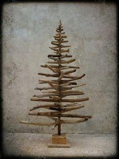 Sapins de Noël 140 et 180cm (renseignements par mail : atelierboisdame@gmail.com)