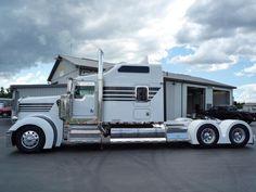 Big Rig Trucks, Tow Truck, Semi Trucks, Peterbilt 389, Kenworth Trucks, Custom Big Rigs, Custom Trucks, Heavy Construction Equipment, Trailers