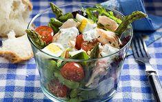 Salmon, egg and asparagus salad recipe | GoodtoKnow