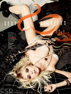 Taylor Momsen Naked And Sexy Photos… Taylor Momsen, Taylor Michel Momsen, Jenny Humphrey, Maxim Magazine, Women Of Rock, Guitar Girl, Fashion Idol, Style Fashion, Poses