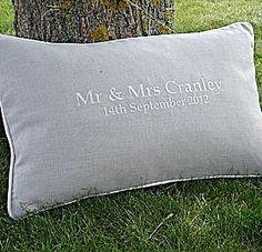 Hochzeitskissen aus Leinen (personalisiert)
