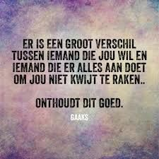Gerelateerde afbeelding Wall Quotes, Words Quotes, Me Quotes, Funny Quotes, Sayings, Love Words, Beautiful Words, Qoutes About Love, Dutch Quotes